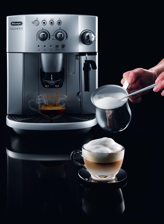 De'Longhi Magnifica ESAM4200 Bean to Cup Espresso-Cappuccino Coffee Machine